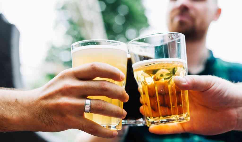 Пивной алкоголизм: его особенности и опасности